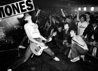 johnny-ramone-the-ramones